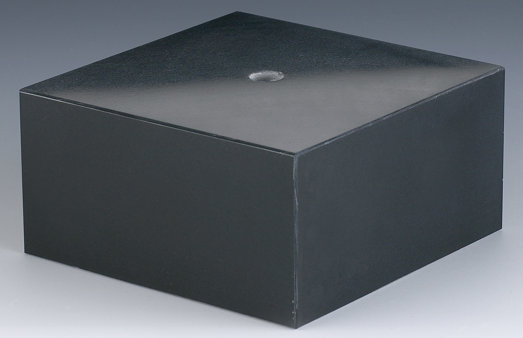 BLACK MARBLE 50X50X25mm PACK 168